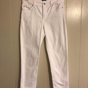 NYDJ Sz 8 White Jeans. Excellent condition!